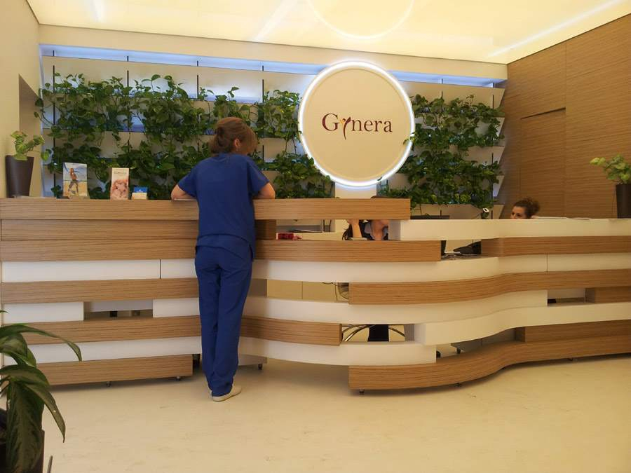 mobilier clinica gynera mdf furniruit si vopsit receptie zona asteptare placari pereti depa002