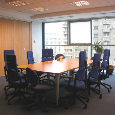 hp-mobilier-office-zona-de-meeting-mobilier-din-pal-melaminat-placari-hpl