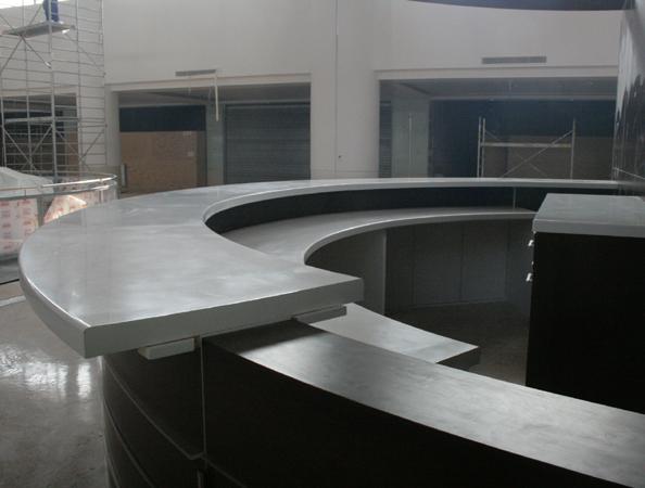 material-compozit-corian-placare-curba-melamina-plexiglass-bar-liberty-mall-5