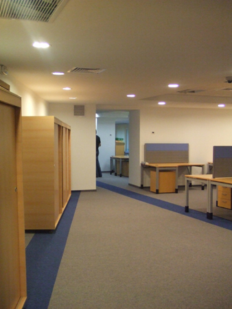 microsoft-amenajare-spatiu-office-open-space-insertii-de-mocheta-combinatii-de-culori2