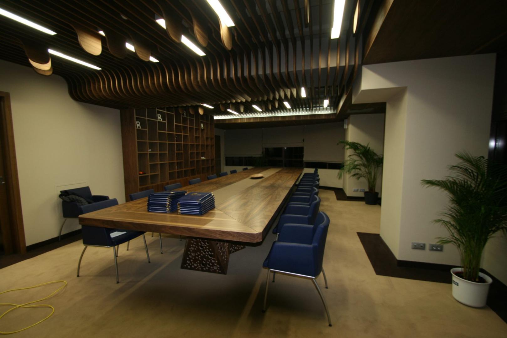 placari pereti corian iluminat led receptie corian termoformat furnir tavan furnir nuc tridimensional mobilier trafoare atipic depa015