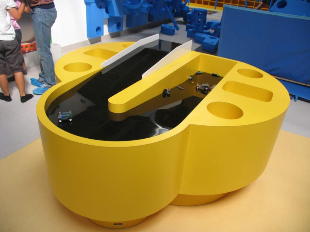 kiddo mobilier spatiu joaca copii lego hpl compact usi chiuvete corian016