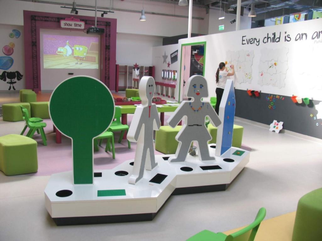 kiddo mobilier spatiu joaca copii lego hpl compact usi chiuvete corian018