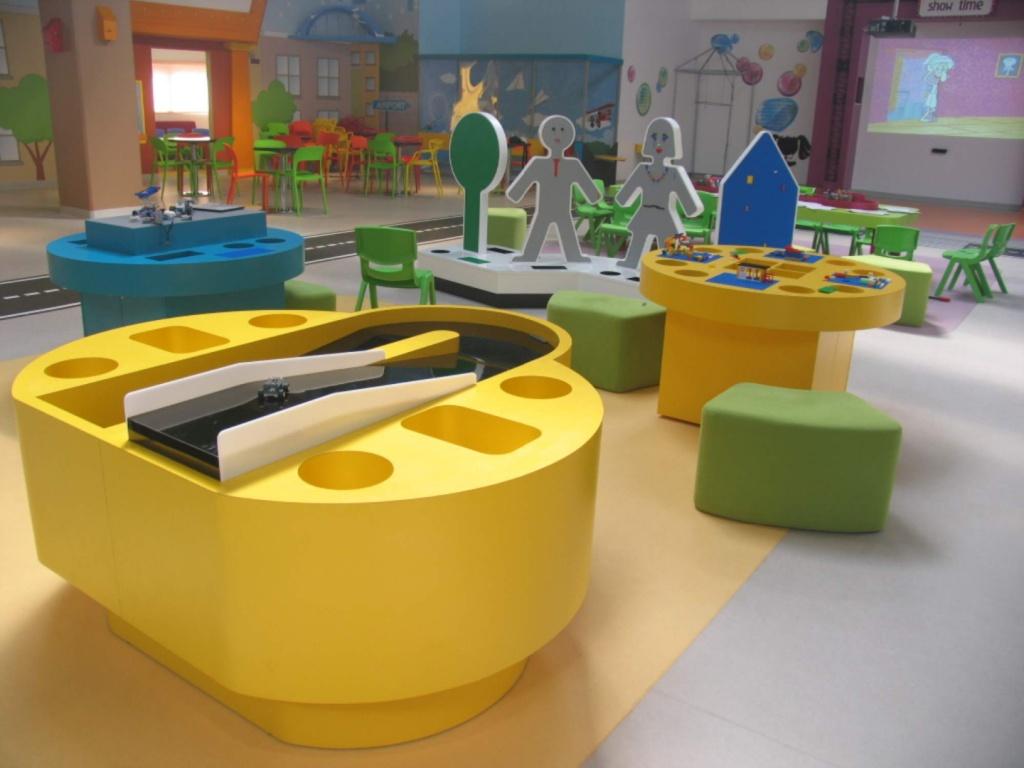 kiddo mobilier spatiu joaca copii lego hpl compact usi chiuvete corian019