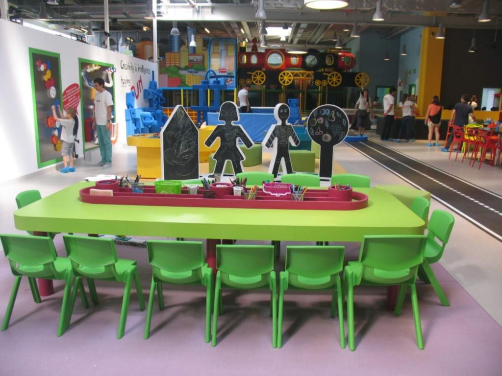 kiddo mobilier spatiu joaca copii lego hpl compact usi chiuvete corian023