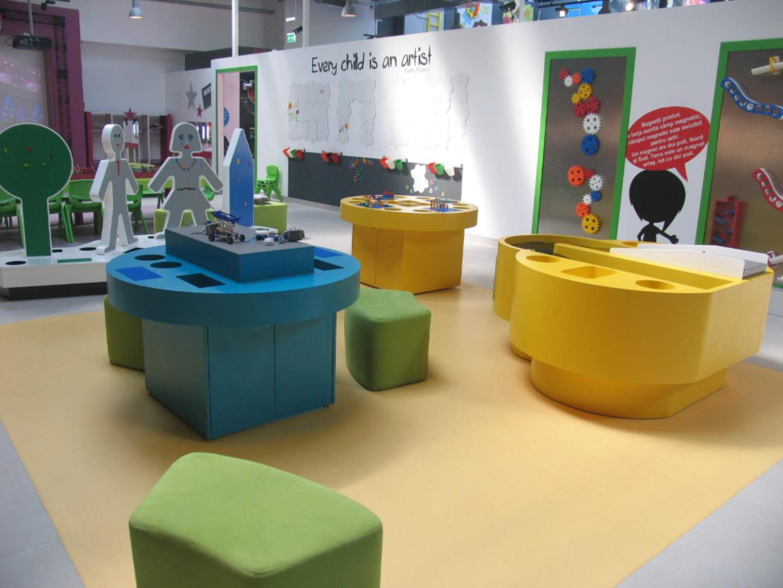 kiddo mobilier spatiu joaca copii lego hpl compact usi chiuvete corian025