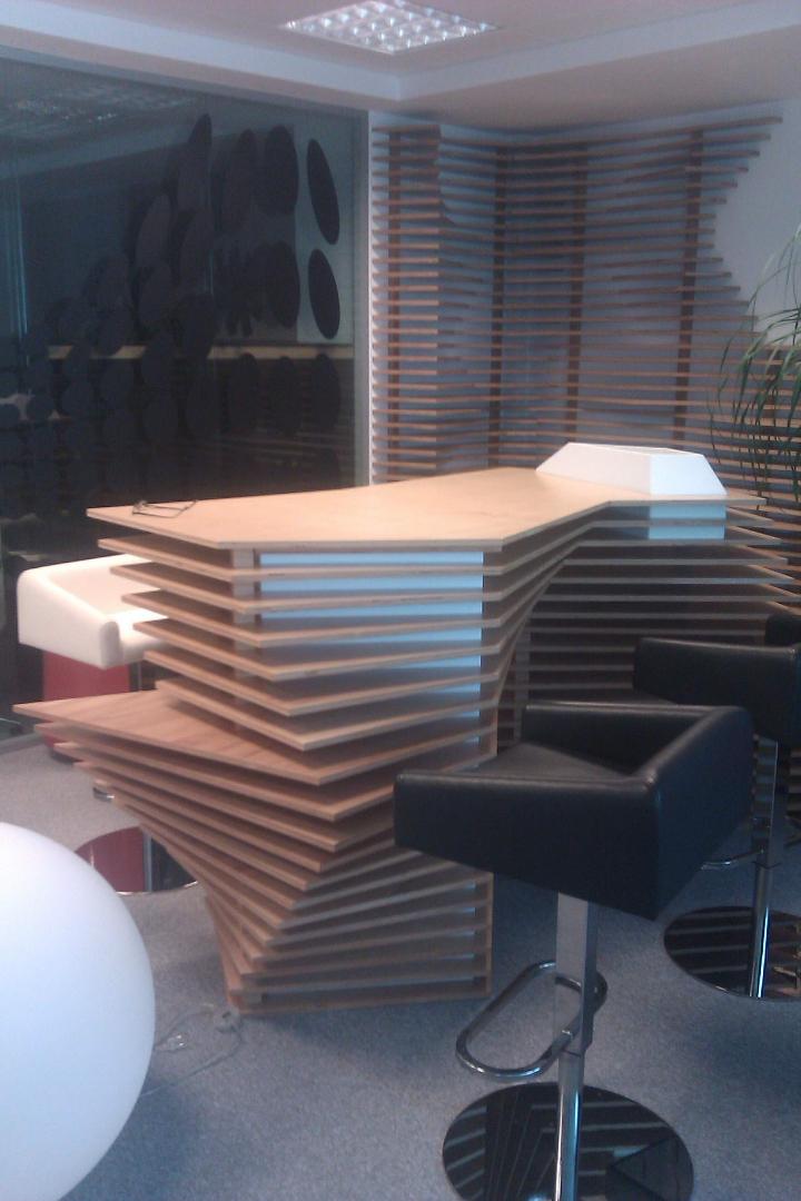 kinnarps receptie placari lemn corian  front desk005