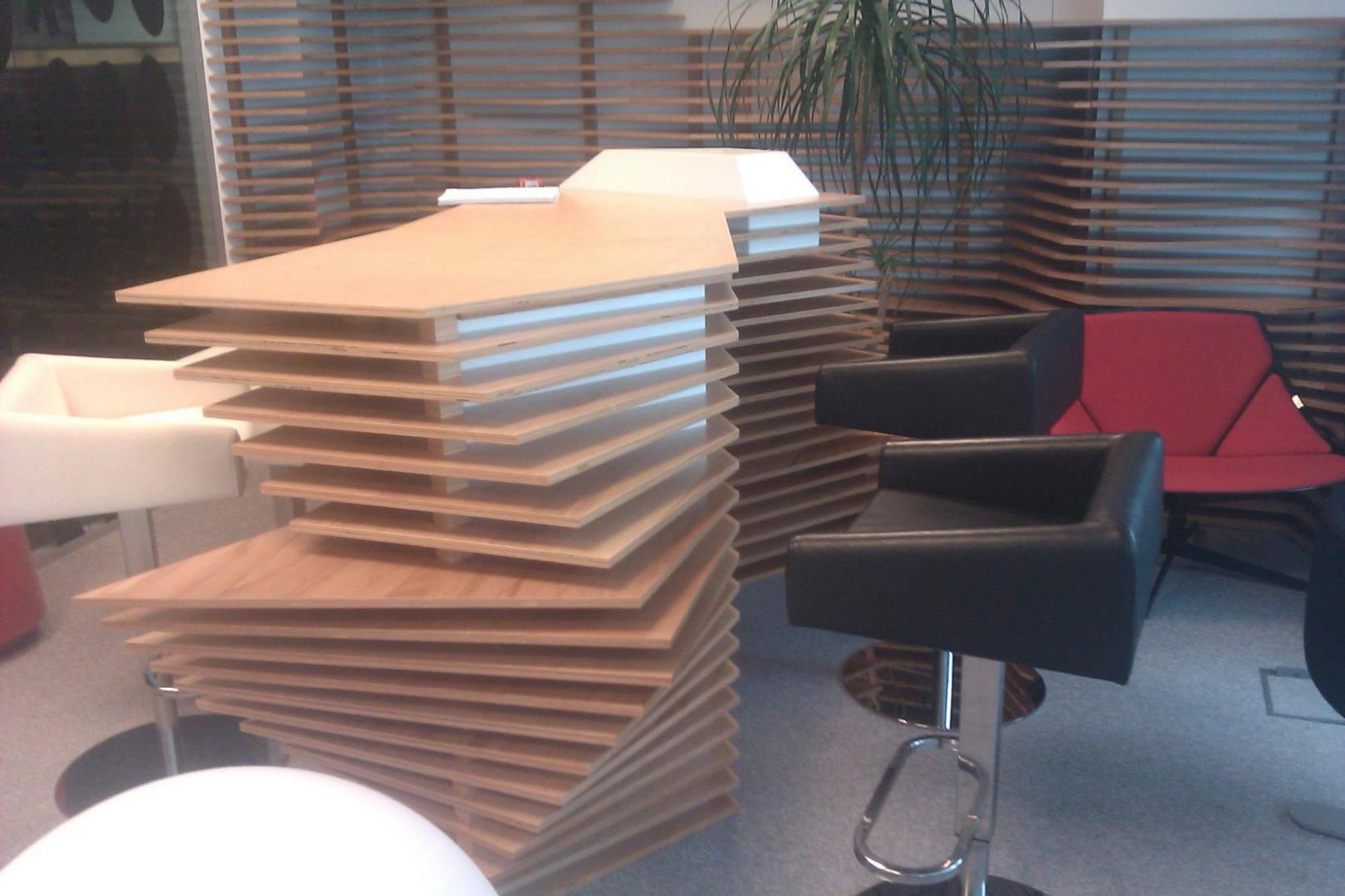 kinnarps receptie placari lemn corian  front desk010
