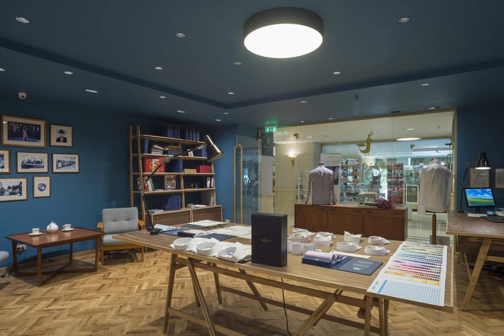 Braiconf magazin shop marriott mobilier lemn masiv furnir design dinamic011