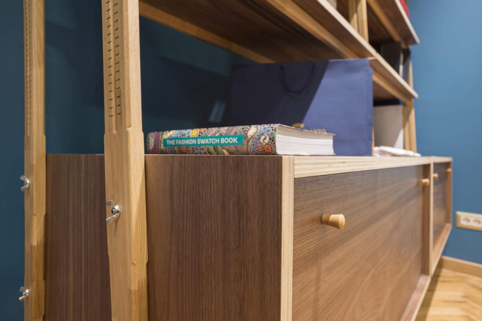 Braiconf magazin shop marriott mobilier lemn masiv furnir design dinamic015