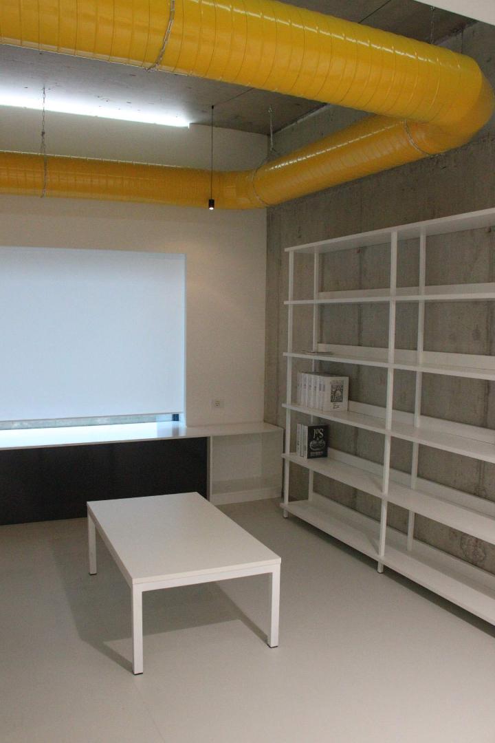 biblioteca west gate mobilier rafturi mese scaune placari grupuri sanitare015