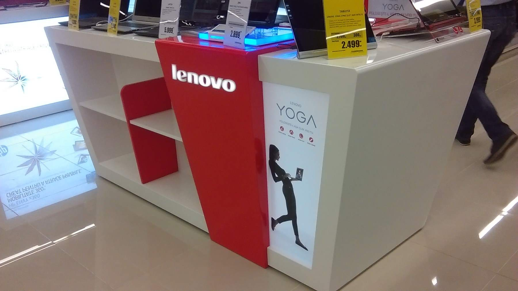 mobilier stand LENOVO mall mdf vopsit007